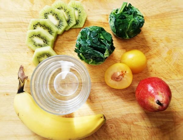 Smoothie cu banane si kiwi in 2 pasi
