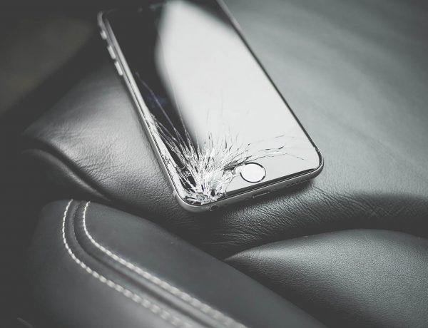 Cum sa-ti folosesti in continuare telefonul cu touch-ul defect